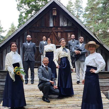 Kadriļu dejotāji Latvijas Etnogrāfiskajā brīvdabas muzejā 05/09/2020