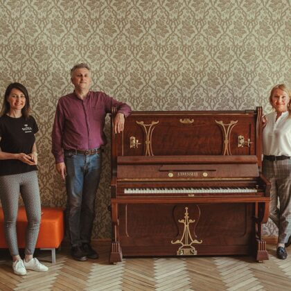 Art Nouveau piano has arrived to the Manor